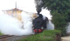 Trenino a vapore. Tratta Monserrato – Mandas. Lawrence la fece nel 1921. VIDEO